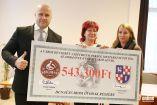 Hírkép: Dunaújváros Kenyere - Egy év alatt kétmillió forint adomány