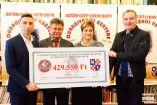 Hírkép: Dunaújváros kenyere - Félmillió forint a Petőfi iskolának